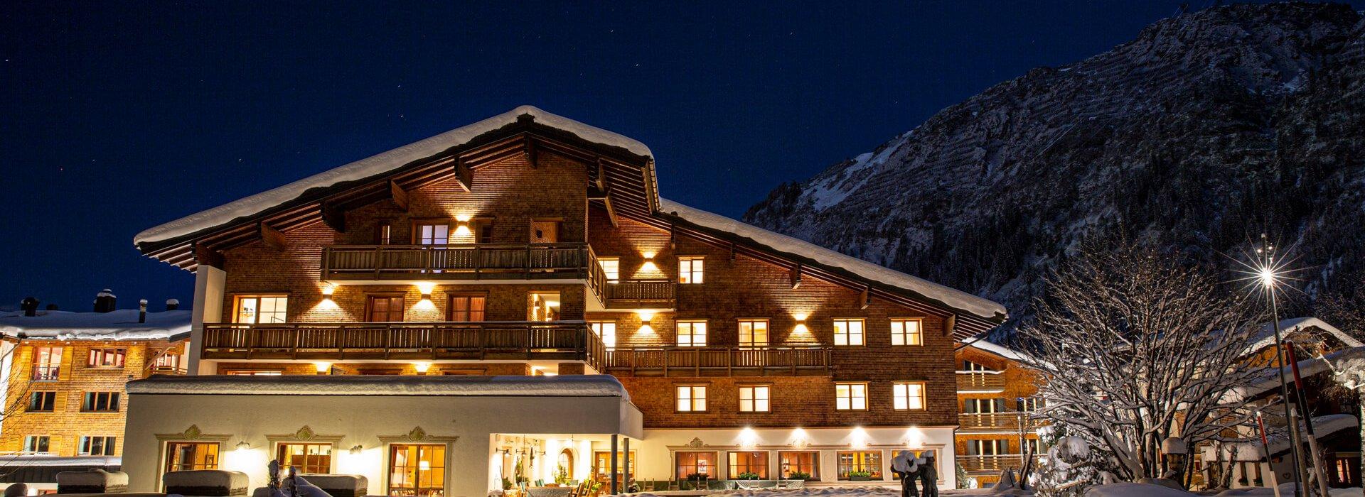 Außenansicht Hotel Aurora Winter